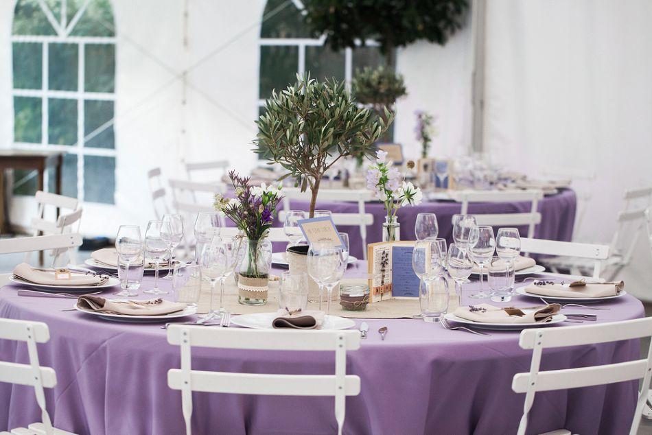 Décoration de mariage provençale lin et parme