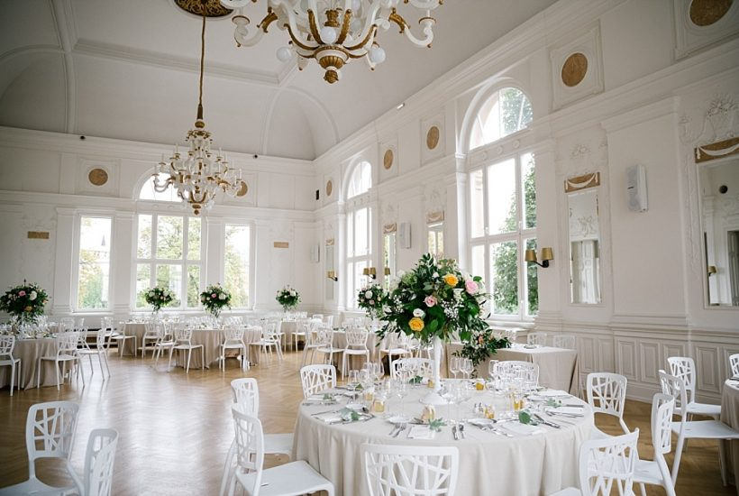 """<span class=""""entry-title-primary"""">Un mariage romantique et élégant à la Villa Sturm</span> <span class=""""entry-subtitle"""">Villa Quai Sturm, Strasbourg</span>"""