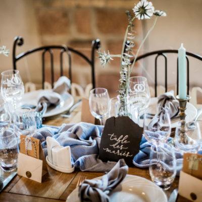 Un mariage champêtre bleu et ardoise