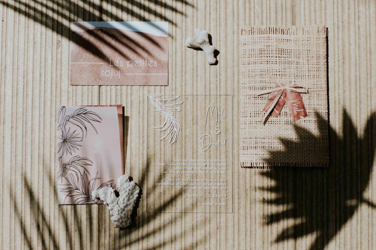 un faire-part de mariage moderne tropical et boheme